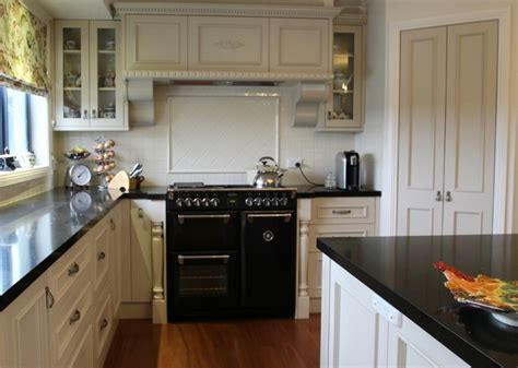 kitchen cabinet joinery bespoke provincial country kitchen matthews joinery 2570