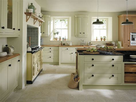 design ideas for small kitchens 30 popular traditional kitchen design ideas