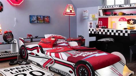 chambre garcon cars chambre voiture garcon