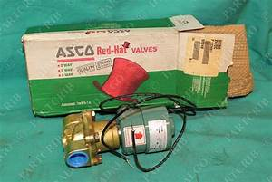Asco Red Hat 8210b26 24  Dc Solenoid Valve 200psi New