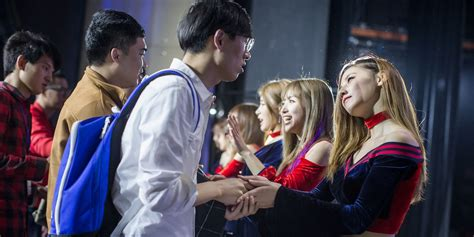 Why The Fan Economy Won't Save China's Music Industry