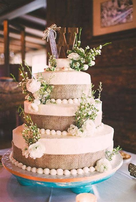 burlap wedding cakes  rustic country weddings deer