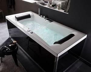 Leroy Merlin Baignoire Balneo : baignoire des baignoires baln o sp cial d tente c t maison ~ Melissatoandfro.com Idées de Décoration