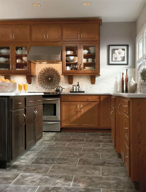 Aristokraft Oak Kitchen Cabinets by 1000 Images About Aristokraft Cabinetry On