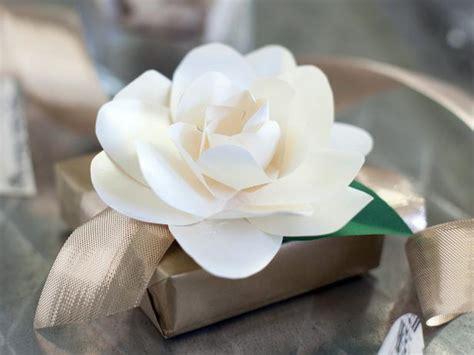 paper gardenias  tos diy