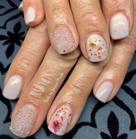 unghie con fiori unghie gel con i fiori per la primavera idee e foto per