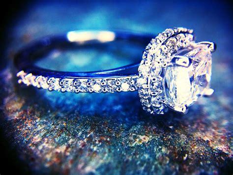 Cornerstone Jewelry & Engraving - Jewelry & Watches Store