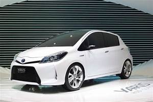 Toyota Yaris Hybride Chic : notice toyota yaris hybride mode d 39 emploi notice yaris hybride ~ Gottalentnigeria.com Avis de Voitures
