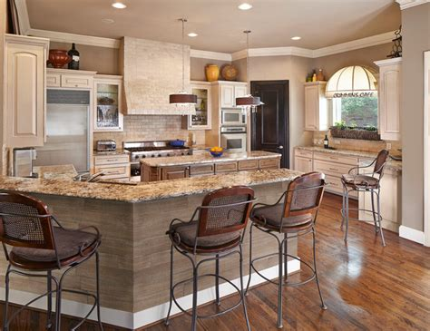 how to do tiling in kitchen gourmet chef s kitchen traditional kitchen dallas 8640