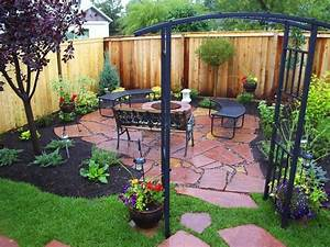 stunning black mulch landscaping ideas you must see page