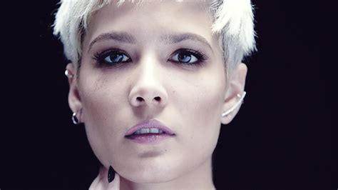 Halsey On Duetting With Bieber, Hating 'tri-bi' Label
