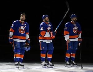 New York Islanders: Is it Time to Panic Over John Tavares Yet?