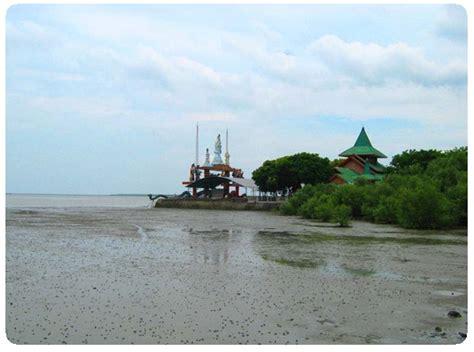 pantai kenjeran tempat wisata pantai  surabaya hotel