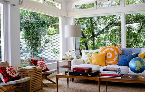 sunroom designs  brighten  home
