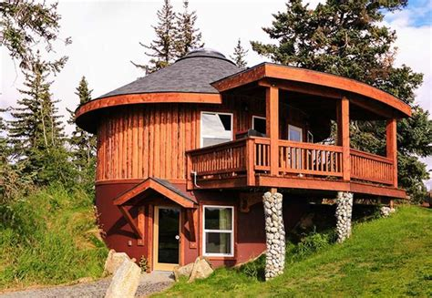 log yurt lodging  puffin octagon house yurt living