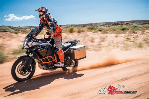 ktms   adventure  offer bike review