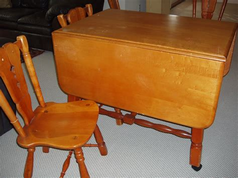 drop leaf table construction maple drop leaf table and 4 chairs for sale antiques com