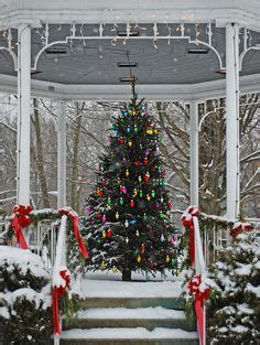 """485 Best """"christmas On Main Street, Usa"""" Images  Vintage Christmas, Vintage Holiday, Christmas"""