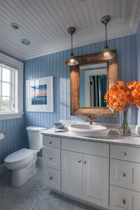associer les couleurs dans la salle de bain avec du gout