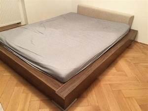 Bett Kaufen 160x200 : bett matratze 160x200 lattenrost in m nchen betten kaufen und verkaufen ber private ~ Frokenaadalensverden.com Haus und Dekorationen
