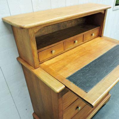 bureau antiquaire nos meubles antiquités brocante vendus