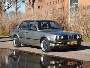 Bmw 323i E30 : bmw e30 323i 1984 verkocht ~ Dode.kayakingforconservation.com Idées de Décoration