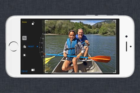 how to crop a on iphone crop photo iphone how to crop an image on iphone and