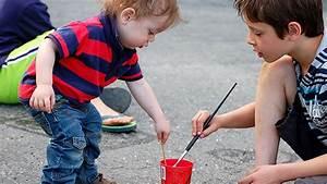 Activites Enfant 2 Ans : id es d 39 activit s et cadeaux pour les 2 5 ans ~ Melissatoandfro.com Idées de Décoration