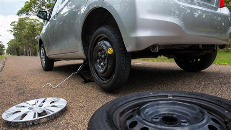 Full-size Spare, Space Saver, Run-flats Or Puncture Repair