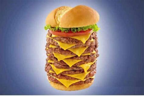 la chaine cuisine pas moins de 5 100 calories pour le plus gros hamburger du