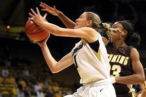 Buffs women's basketball beats Wyoming to move to 5-0