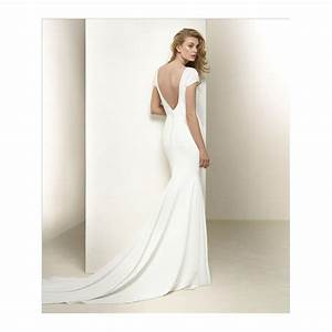 pronovias dralan crepe v neck cap sleeve wedding dress With crepe wedding dress