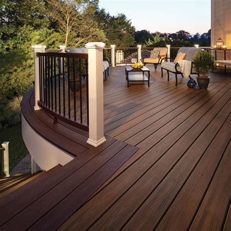 composite decking  extend  living space  housekeeper