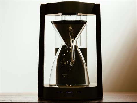 A few ground beans mixed with water should be all we need for drip typically requires less coffee. Ratio Eight drip coffee machine flaunts killer looks and a ...