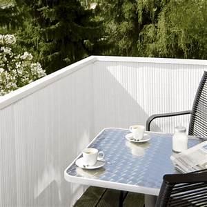 balkon sichtschutz aus bambus praktische und originelle idee With garten planen mit sichtschutz balkon weiß
