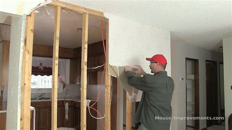 How To Remove Drywall From A Wall