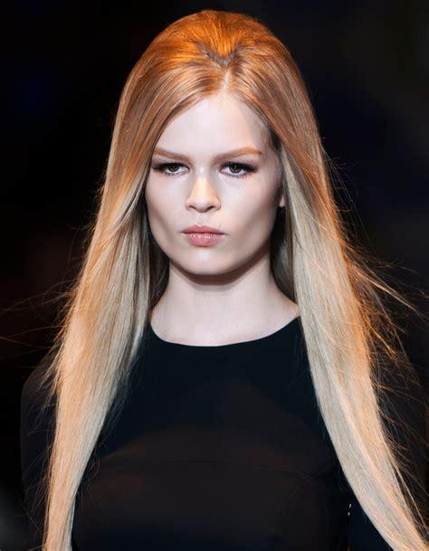 Coiffure soiru00e9e cheveux longs du00e9tachu00e9s - 40 coiffures de soiru00e9e cool ou sophistiquu00e9es - Elle