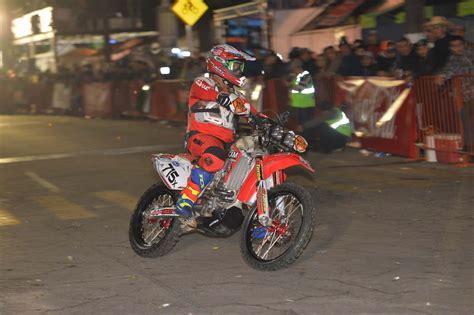 win a motocross bike baja 1000 ironman winner jeff benrud what it takes to win
