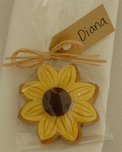 sunflower cookie wedding favour sunflower party