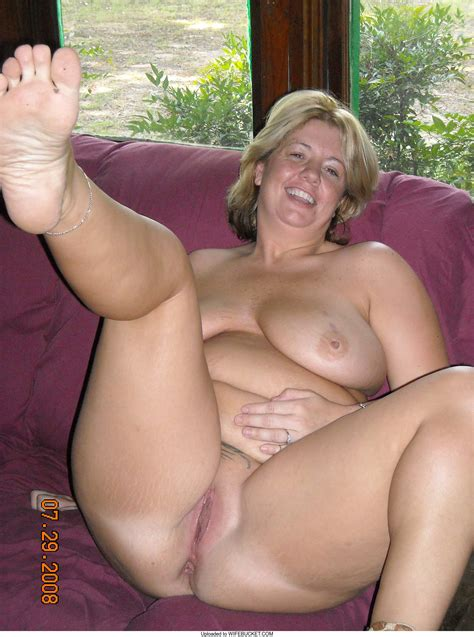 Naked Wives Wifebucket Offical Milf Blog