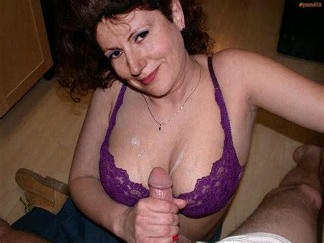 Porn613 Adult Image Gallery Handjob Milf