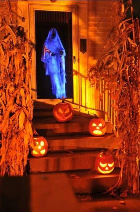 easy   diy halloween decor ideas halloween door