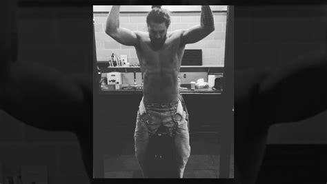 jason momoa kills    gym  aquaman muscle