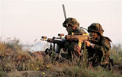 Lithuanian Military Army Soldiers Soldats Weapon Soldaten