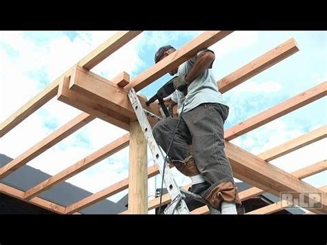 comment fabriquer une pergola comment construire une pergola en bois en 8 233 pergola bois mad 232 re