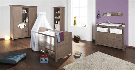meuble chambre de bébé chambre bébé jelka chocolat en massif avec grande armoire
