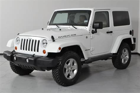 Jeep Wrangler Rubicon White 2 Door Freedom Top Hard Top