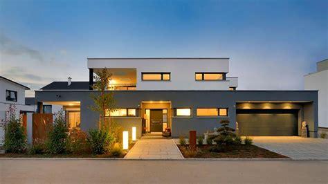 Moderne Häuser Flachdach Hanglage by Bauhaus Der Extraklasse Haus Geyer Fertighaus Weiss