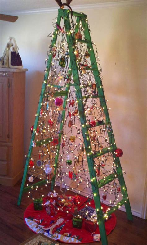 Plastic Wrap Your Christmas Tree by Turn A Ladder Into An Upcycled Christmas Display
