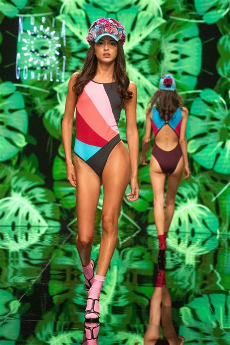 Lucia Rivera Sexy Photos Thefappening